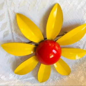 Jewelry - Vintage Enamel Yellow Sunflower Brooch Happiness!